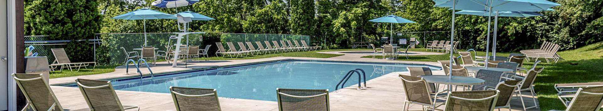 Swimming Pool of Grampian Hills Apartments at Manor Communities, Williamsport/Pennsylvania