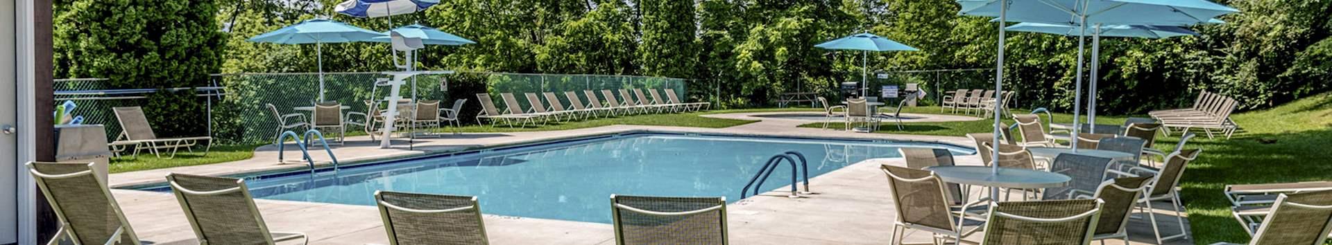 Swimming Pool of Grampian Hills Apartments at Manor Communities, Williamsport/Pennsylvania