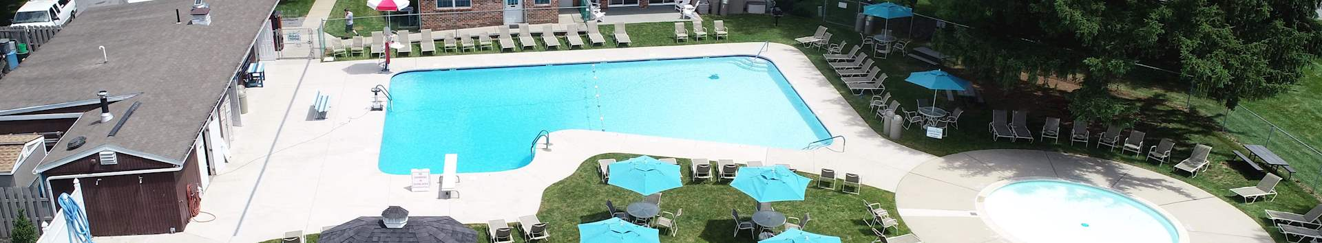 Swimming Pool of Springetts Apartments at Manor Communities, York/Pennsylvania