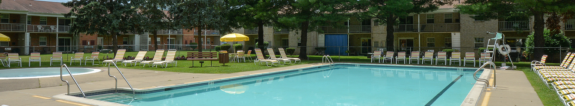 Swimming Pool of Gateway Apatments at Manor Communities, Wilkes-Barre/Pennsylvania
